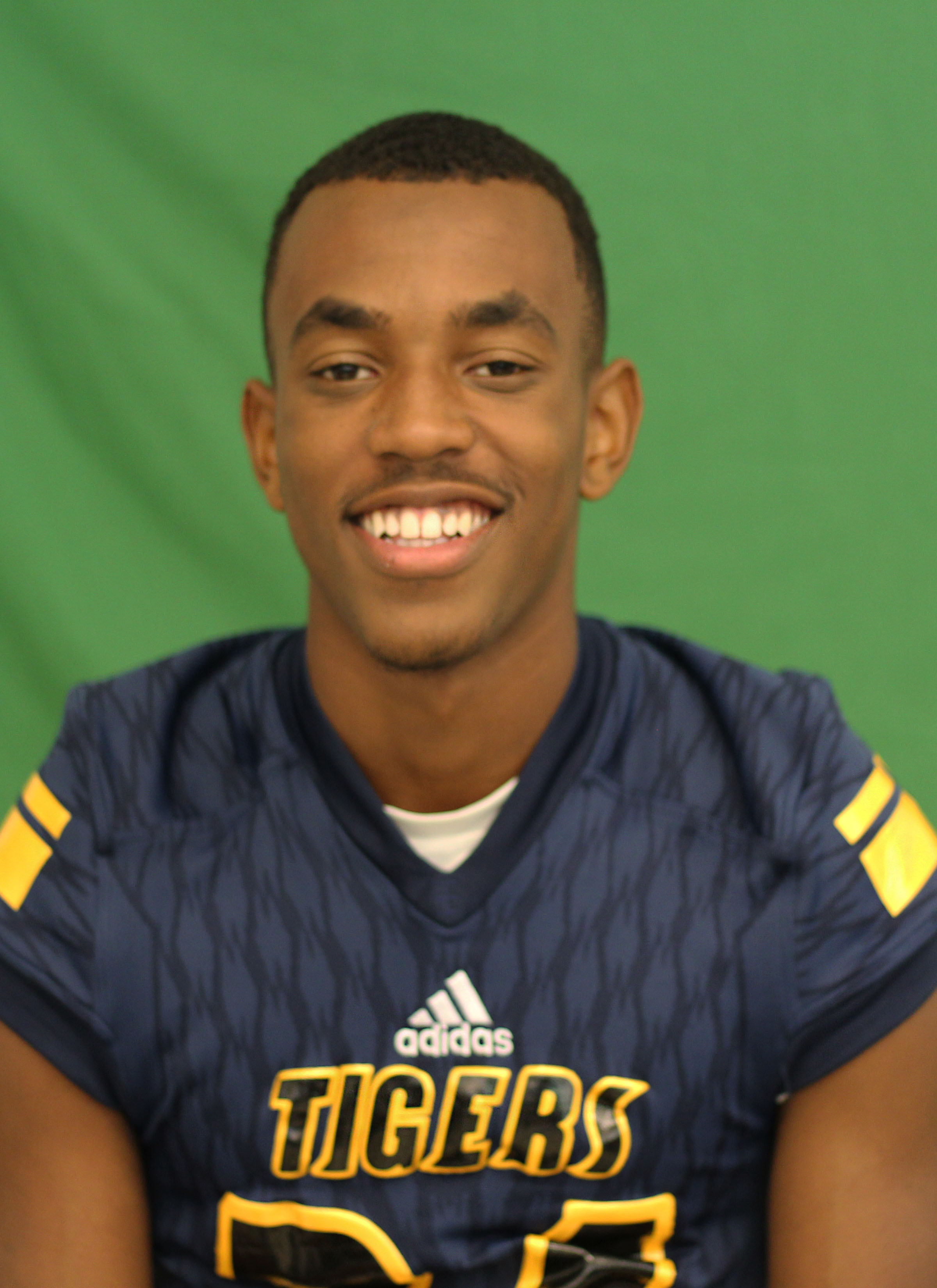 Week 4. Davion Ross - Football